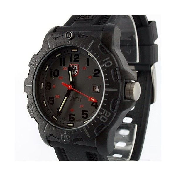 Luminox Black Ops Carbon 8802