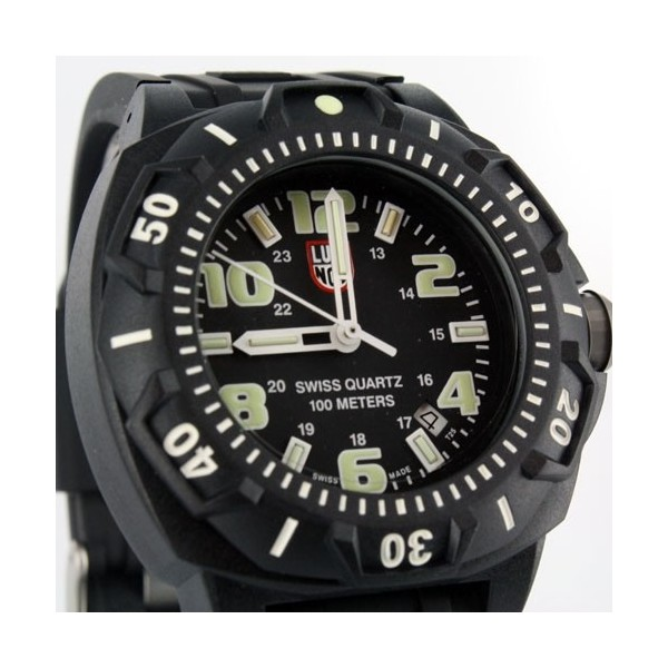 Luminox Sentry 0201